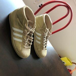 Tan Adidas